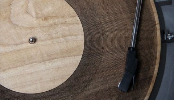 Laser Engraver Makes Wooden Records